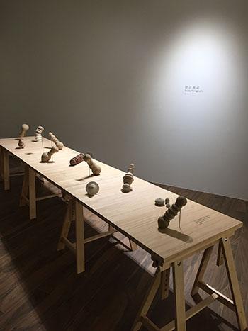 リュウ・ジーホン:「Time Resides」グループ展 | Solid Art ギャラリー/ 台湾